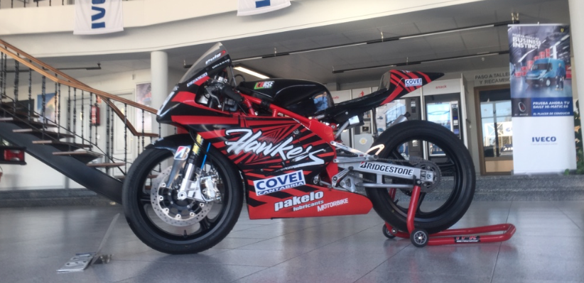 Marcos Uriarte expone su moto ganadora en el concesionario IVECO en ...