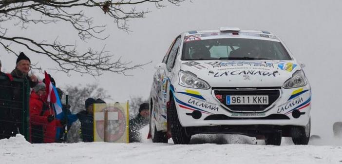 RaceSeven estrena el año en competición en la fria nieve de Letonia con Raúl Hernández